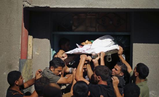 Entierro de un palestino muerto en los ataques a Gaza /FOTO: MOHAMMED SALEM (REUTERS)